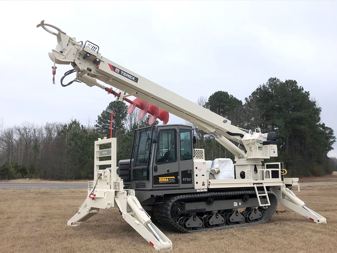 RT9U with Digger Derrick at Utility Expo